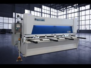 Master Hydraulic Guillotine Shears MS8 3206 na may ELGO P40T Touch Screen CNC System