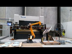 Robotic CNC Press Brake para sa Robotic Bending Cell System