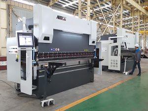 300tx 4000 3-oil-cylinders hydraulic press preno na may cnc controller